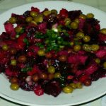 Vinegret-s-zelenym-goroshkom