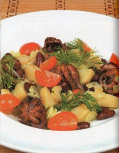 Salat-s-osminogami
